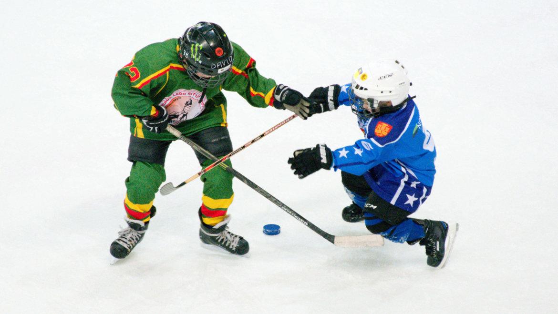 Kiečiausių Lietuvos ledo ritulio Pipirų taurė